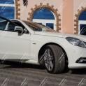 Автомобиль бизнес-класса Mercedes E200